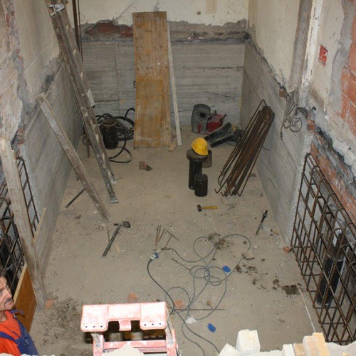 Completamento parete della cantina Mingo Costruzioni Creazione Vani Interrati